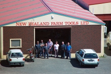 NZ Farm Tools 320x500