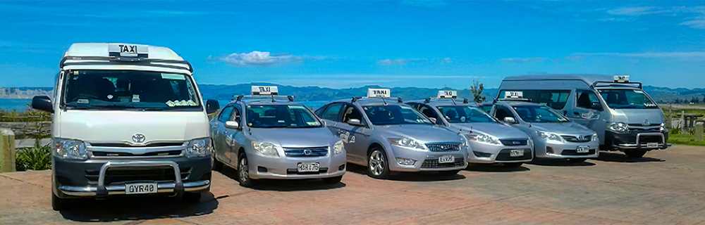 Gisborne Taxis Beach 1000x320